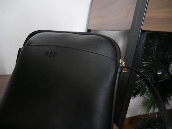 KBFのショルダーバッグ