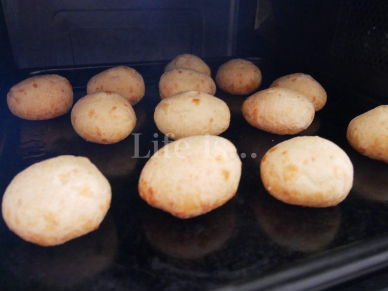 オーブンで焼くポンデケージョ