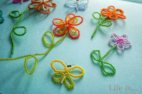 平面ビーズ花と蝶