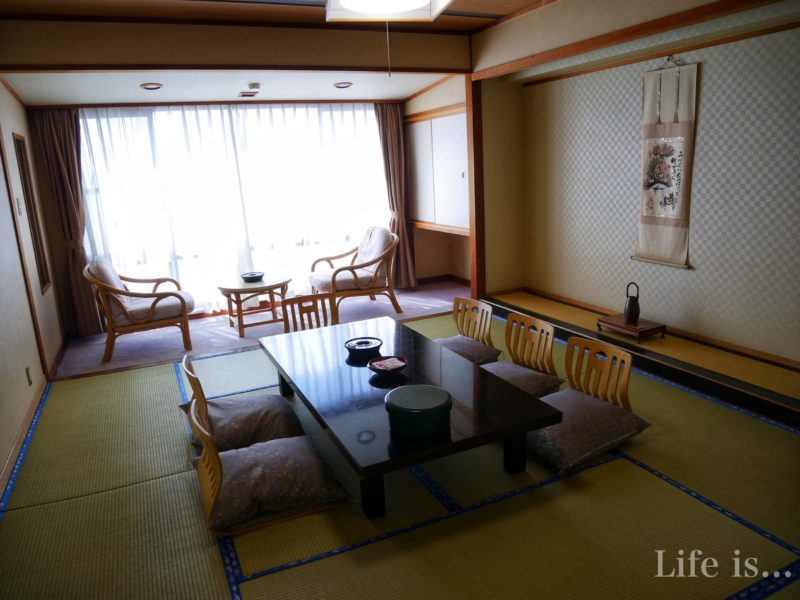 日間賀島の民泊